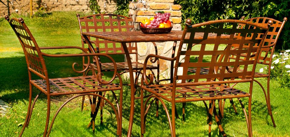 Arca muebles y forja for Camastros de hierro para jardin